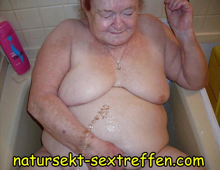 Natursekt Oma sucht Pisskontakte